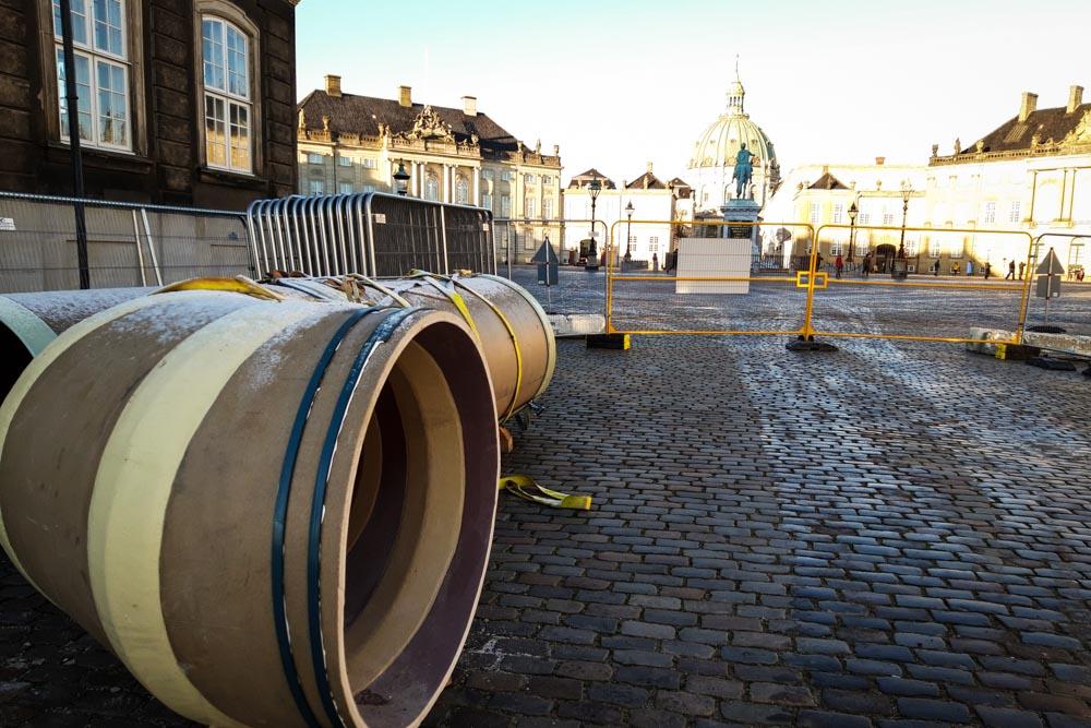 Skybrudsikring af Amalienborg Slotsplads: Afspærret område på slotspladsen