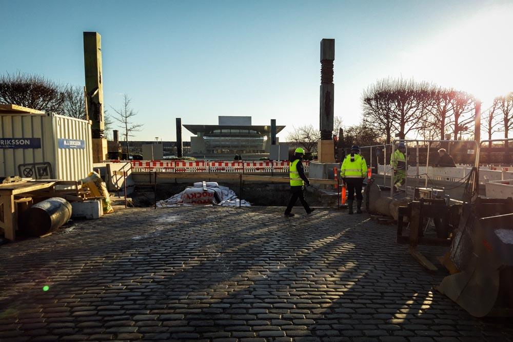 Skybrudsikring af Amalienborg Slotsplads: Gravearbejde i Tolbodgade
