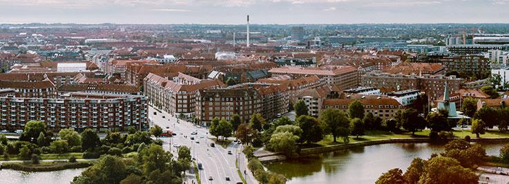Panoramabillede af København set fra søerne